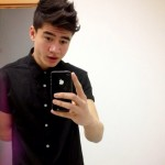 MAN CANDY: 5 Seconds Of Summer Bassist Calum Hood's Horny Snapchat [NSFW]