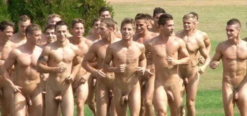 Why Tumblr Is Obsessed With Gifs Of Naked Men Running -4456