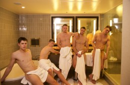 Warwick Rowers Just Can't Keep Their Clothes On [NSFW]