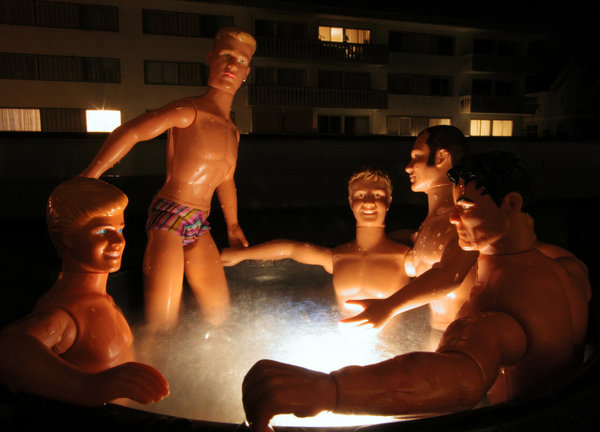 ken-dolls-hottube