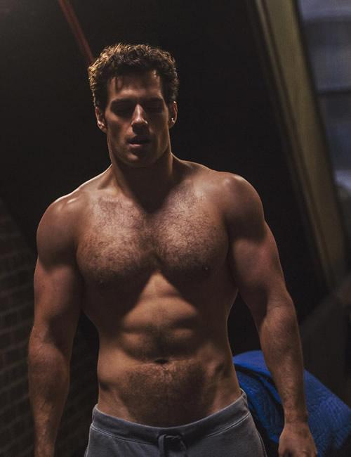henry-cavill-hairy-shirtless